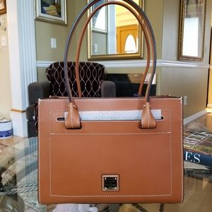 NWT Dooney & Bourke Janine Satchel